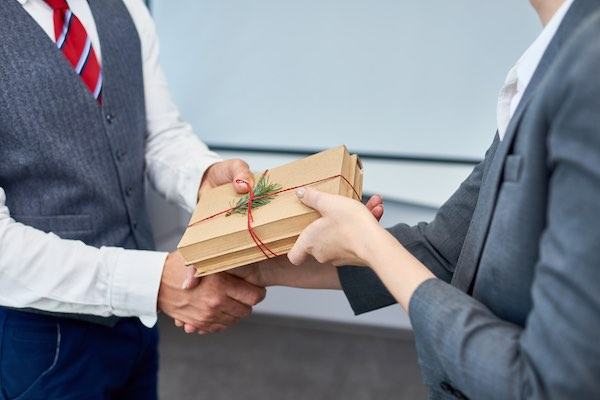 unique employee gift